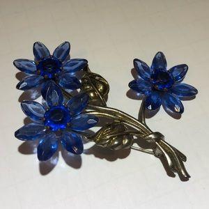 Vintage blue rhinestone gold flower brooch